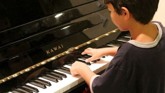 Music education helps kids improve reading