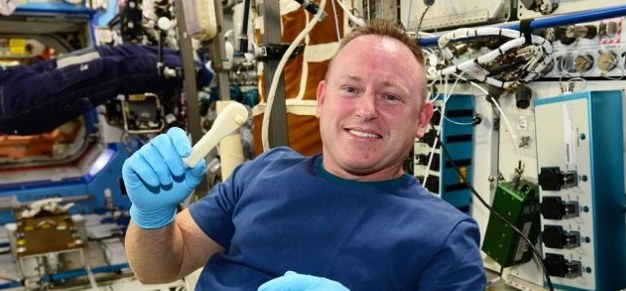 NASA emails a wrench to the space station