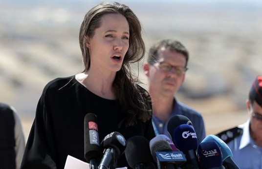 Angelina Jolie visits Jordan camp for Syria refugees