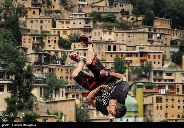 Parkour in the village of Masouleh