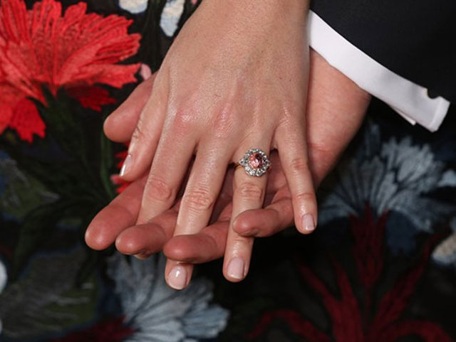 $ 300,000 Lady Gaga Engagement Ring